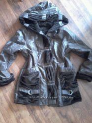 Куртка  двухсторонняя цвета темного мокко и шоколада.