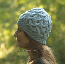 Шапка серо-голубая с косами
