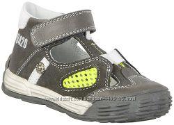 Ортопедические туфли летние Бартек для мальчишек 22-25 р.