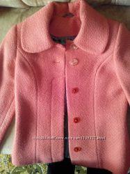 Демисезонное новое пальто кораллового цвета