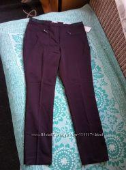 Стильні нові брюки.