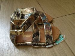 Новые нарядные золотые босоножки британской ТМ Monsoon 24 р-ра