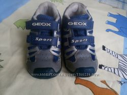 Кроссовочки geox на мальчика 21 размер