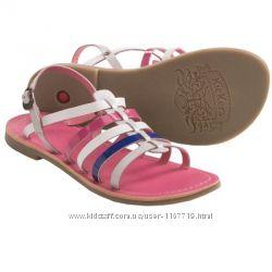 Босоножки Kickers Dixmillion Sandals 26 размер