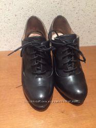 Ботинки Guess. Натуральная кожа