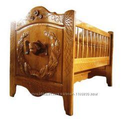 Кроватка для младенца из натурального дерева. Цена от производителя.