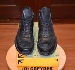 Продам мужские кожанные ботинки Greyder