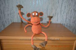 Вязаный обезьян Жорик