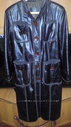 Кожаный плащ пальто кожа-лак