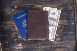 Коричневое мужское портмоне кожаный кошелек Traveler черный бумажник