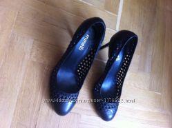 6eef2406b Продам туфли Minelli 39 р. черные, каблук, 800 грн. Туфли женские ...