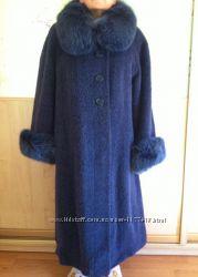 Шикарное зимнее пальто с мехом 54 размер