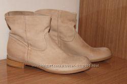 Итальянские стильные ботинки и сапоги