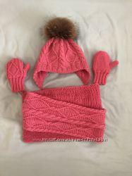 Вязаные зимние шапка, шарф, варежки