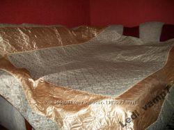 Яркий комплект для спальни покрывало 200х240 и две наволочки