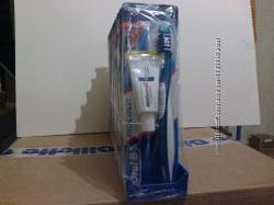 Зубная щетка Oral-B Pro-Expert