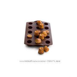 Силиконовая форма для мини-суфле в шоколадном цвете
