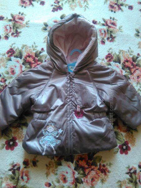 Курточка на девочку на рост 68-80 см.