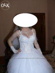 Сукня весільна сучасна
