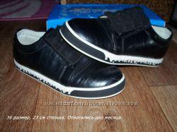 Туфли для девочки, закрытые туфельки