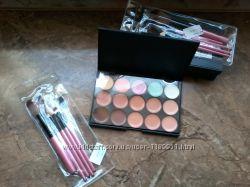 15 цветов консиллер  и набор кисточек для макияжа