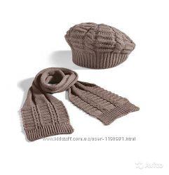 Набор вязаный шарфик и шапочка-берет Ив Роше