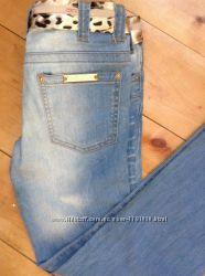 Продам красивые итальяские джинсы фирмы Roberto Cavalli оригинал