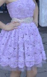 Нежное и стильное выпускное платье , на торжество