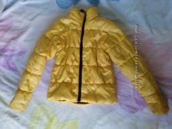 Продам куртку осеннюю унисекс
