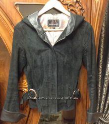 Натуральная замшевая курточка с капюшоном, р. XS, S