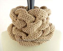 Эксклюзивный шарф снуд ручной работы. Цвет можно заказать на выбор