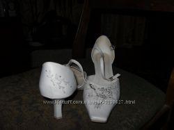 Туфли свадебные с вышивкой