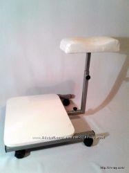 Подставка с полочкой для педикюра на колесиках
