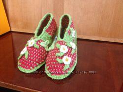 Вязаные тапочки, носки для всей семьи
