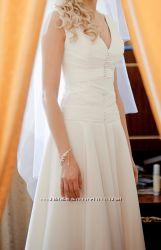 Продам свадебное платье. Размер S-M. Цвет  айвори