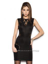 Продам новое платье с кружевными вставками