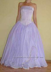 Светло-фиалковое свадебное платье