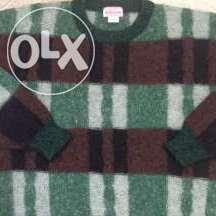 Добротный, шерстяной свитер