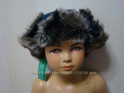 Новые оригинальные кепки, шапки и повязки на голову Benetton