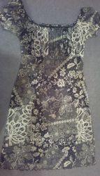 Платье-футляр с кружевным принтом на подкладке,  р. 40-42