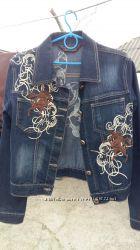 Джинсовая молодежная  куртка