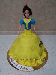 Детский торт в виде куклы на заказ в Киеве