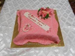 Детский торт в виде подушки на заказ