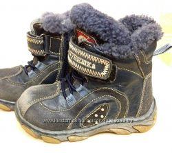 Зимові черевики, сапожки зимние