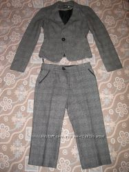 Осенне-весенний, зимний костюм пиджак и капри