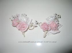 Украшение 2 бутоньерки бело-розовые