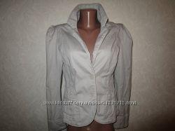 Коттоновый пиджак H&M.