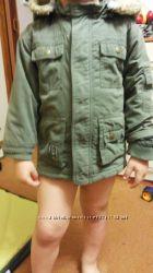 Продам куртку-парку для мальчика размер 1, 5-2 года и 3-4 года.