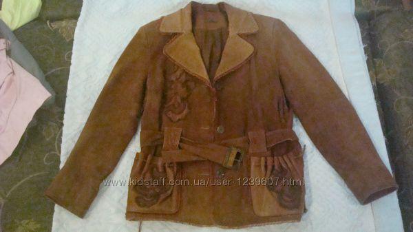 Красивая замшевая куртка пиджак
