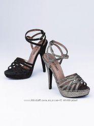 Босоножки Colin Stuart Criss Cross Sandal